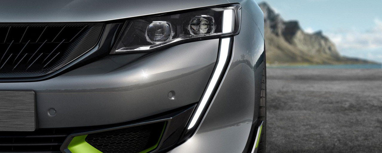 Nouvelle 508 PEUGEOT SPORT ENGINEERED : projecteurs avant Full LED avec correction automatique de site