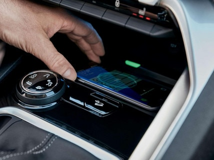 PEUGEOT 3008 – Recharge par induction