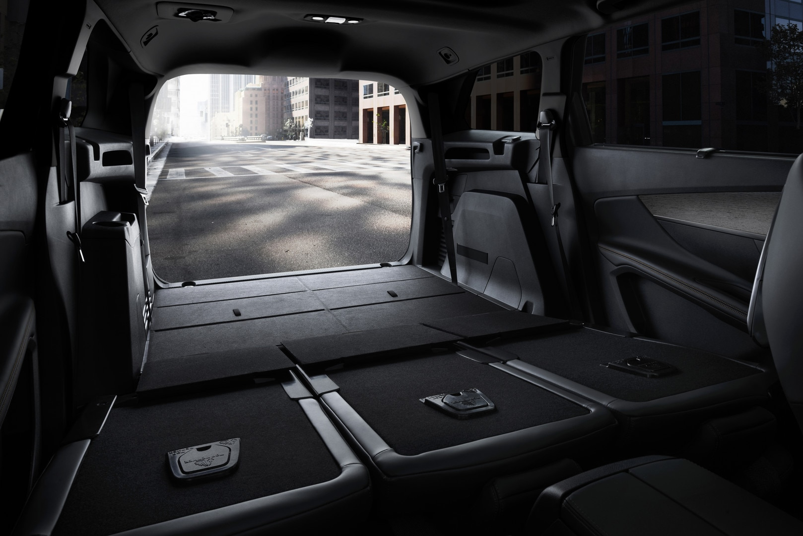 d couvrez le nouveau suv peugeot 5008 gt. Black Bedroom Furniture Sets. Home Design Ideas