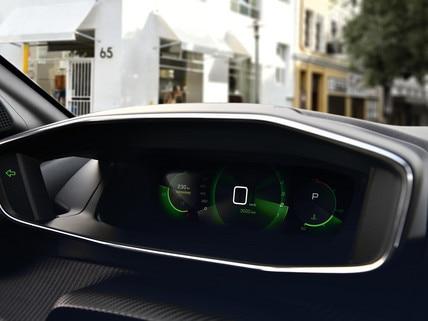 Nouveau SUV PEUGEOT 2008 pour les professionnels : combiné numérique 3D configurable