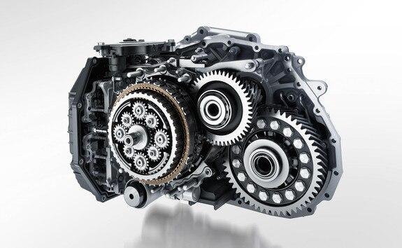 Nouveau SUV PEUGEOT 2008 pour les professionnels : boîte de vitesses automatique EAT8 et sa commande électrique de changement de vitesses Shift and Park by wire