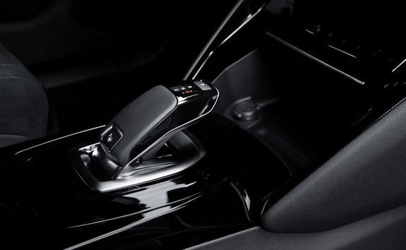 Nouveau SUV électrique PEUGEOT e-2008 pour les professionnels : freinage régénératif