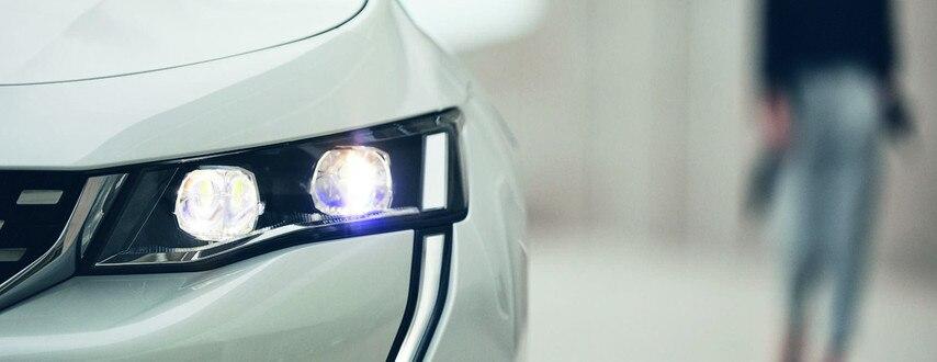 Nouvelle PEUGEOT 508 HYBRID, application smartphone MyPeugeot pour gérer à distance le véhicule