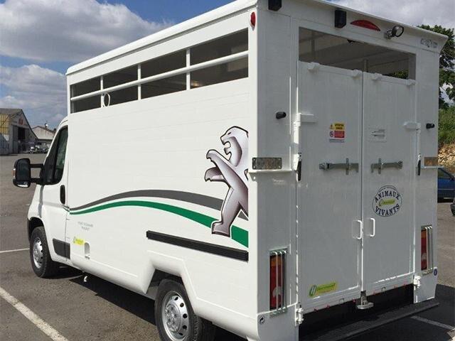 /image/92/7/peugeot-vans-chevaux-4.249927.jpg